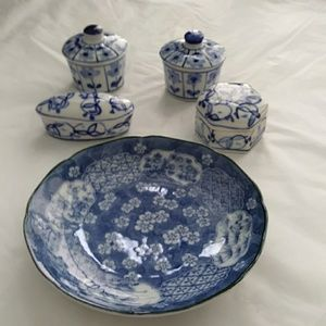 Other - Blue & White Plate + 4 Trinket Boxes Takahashi
